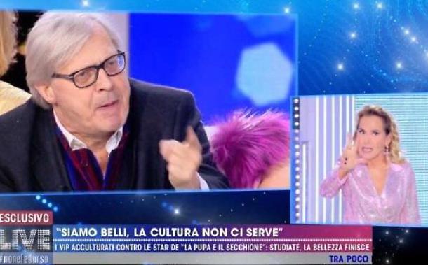 Vittorio Sgarbi fuori dai programmi Mediaset dopo la lite con Barbara D'Urso