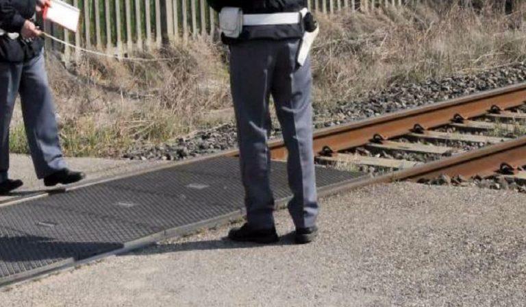 Travolto e ucciso dal treno nei pressi di Rogoredo : muore sotto le rotaie