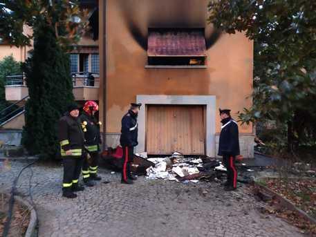 Torino, incendio in abitazione: muore 60enne