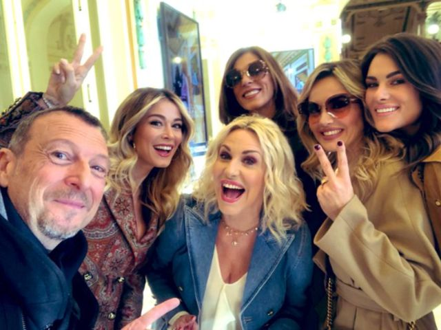 Caos a Sanremo : Ambra Angiolini e Claudia Gerini contro Amadeus